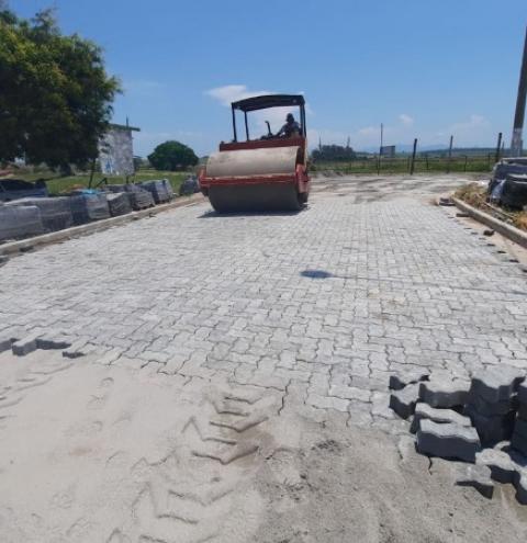 Ruas da comunidade de Marobá começam a receber calçamento