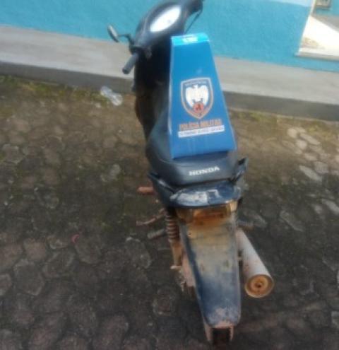 Motocicleta furtada é recuperada em Presidente Kennedy pela Polícia Militar