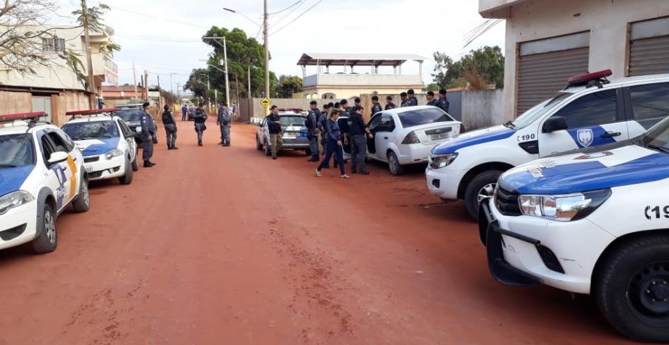 Mega operação policial enfraquece tráfico em Presidente Kennedy; 3 prisões, drogas, dinheiro e equipamentos foram apreendidos