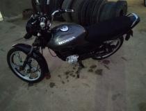 Motocicleta é furtada nessa madrugada no Centro de Presidente Kennedy; Veja vídeos