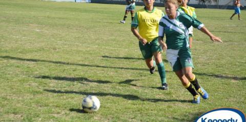 Santo Eduardo e Jaqueira disputarão título da Taça Feminina de Futebol Society