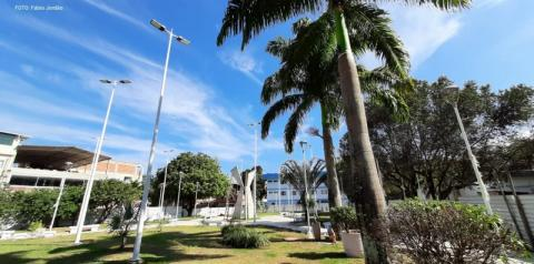 Praça Manoel Fricks Jordão entra na reta final para entrega de mega reforma