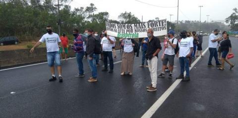 BR-101 é parcialmente interditada por manifestantes