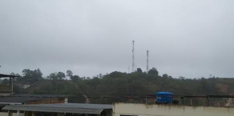Inpe emite alerta laranja para chuvas intensas e vendavais em 71 municípios do Espírito Santo
