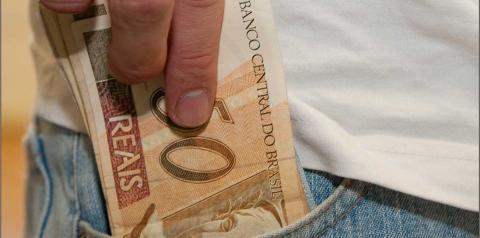 Receita abre consulta ao 7º lote de restituição do Imposto de Renda