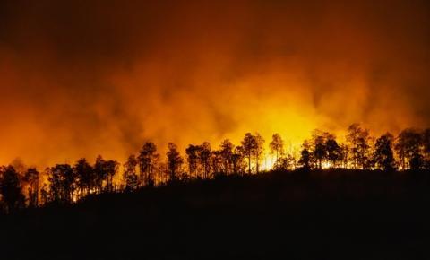 Fumaça de queimadas prejudica a qualidade do ar e agrava doenças respiratórias