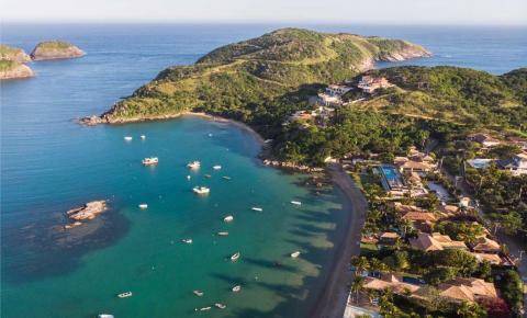 Justiça determina que turistas deixem a cidade de Búzios (RJ) em 72 horas