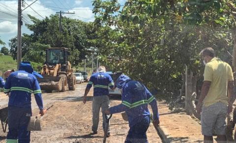 Prefeito Dorlei Fontão acompanha limpeza das ruas após fortes chuvas em Presidente Kennedy