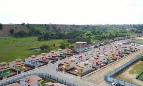 Casas populares fechadas em Jaqueira geram medo na população
