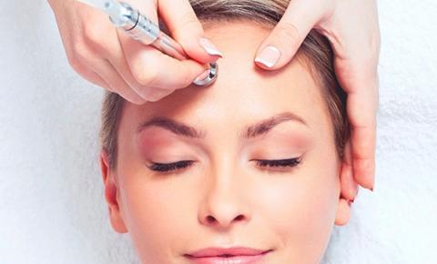 Tratamentos estéticos no rosto são aliados no rejuvenescimento