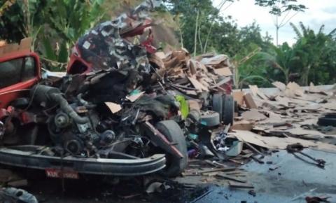 BR-101 continua interditada após acidente com morte em Rio Novo do Sul
