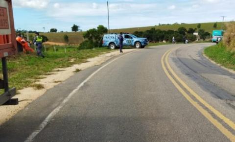 Em grave acidente homem perde mão e pé na curva do laticínio na ES -162