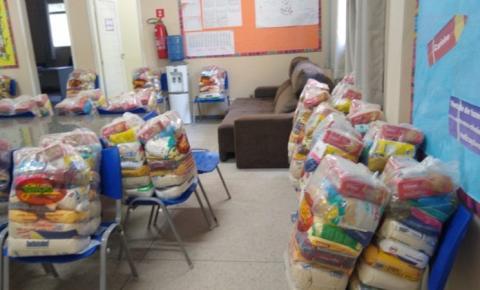 Secretaria da Educação entregará nova remessa de cestas básicas a alunos da Rede Estadual