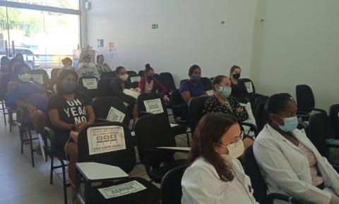 Covid-19 e amamentação são temas de palestra na Secretaria de Assistência Social