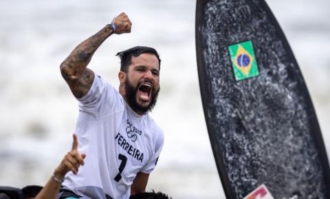 Fez história! Ítalo Ferreira é ouro em Tóquio e 1º campeão olímpico no surfe