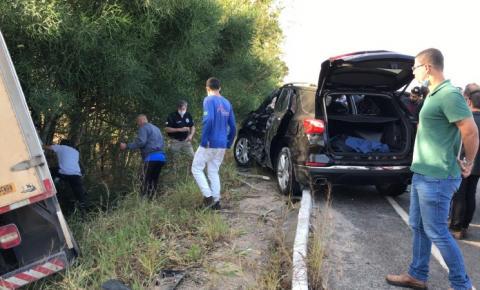Prefeito Dorlei e Secretário de Segurança do Estado sofrem acidente de trânsito em Presidente Kennedy