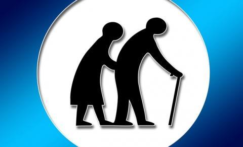Monitoramento de idosos previne acidentes em casa ou em clínicas e hospitais