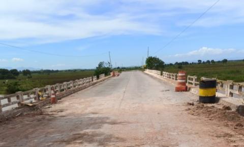 Ponte da divisa do Es com RJ volta a ser liberada em Presidente Kennedy