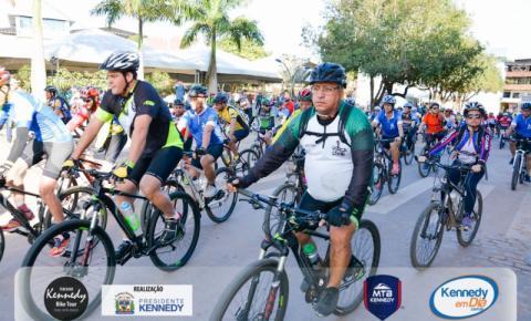 3º Kennedy Bike Tour é sucesso