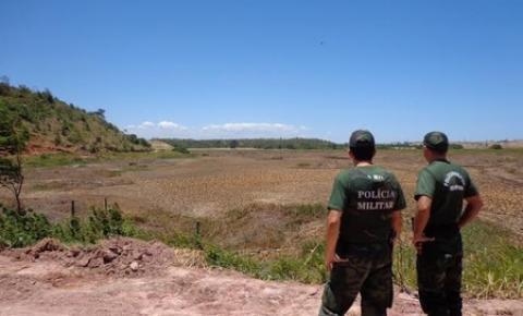 Polícia Ambiental constata drenagem em área de preservação no Campo do Limão
