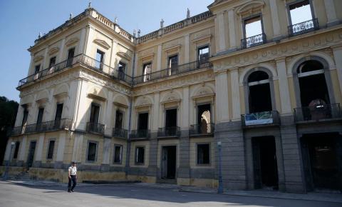 Incêndio que destruiu 90% do Museu Nacional completa um mês