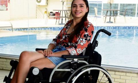 Em busca de qualidade de vida, Laís Souza se muda para o ES, onde segue com a sua recuperação