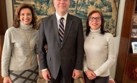 Embaixador do Brasil na Bélgica e escritora Kennedense acertam parceria pela integração cultural entre os dois países