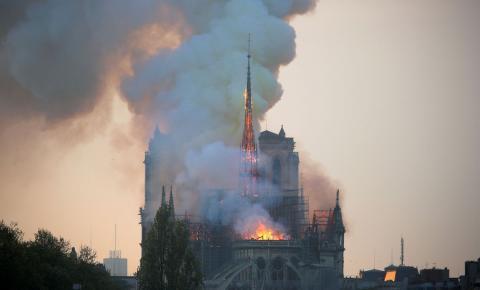 Doações para reconstrução de Notre-Dame somam R$ 3 bilhões