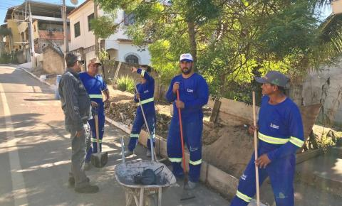 Dorlei acompanha mutirão de limpeza em pontos do município
