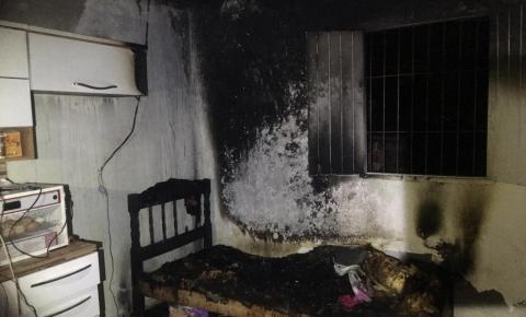 Mulher ateia fogo em sua própria residência no interior de Presidente Kennedy