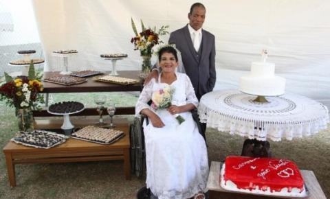 Idosa que realizou sonho de se casar morre um mês após cerimônia em Cachoeiro