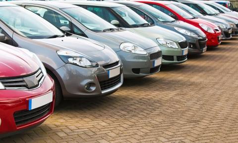 Banestes leiloa veículos e imóveis em novembro