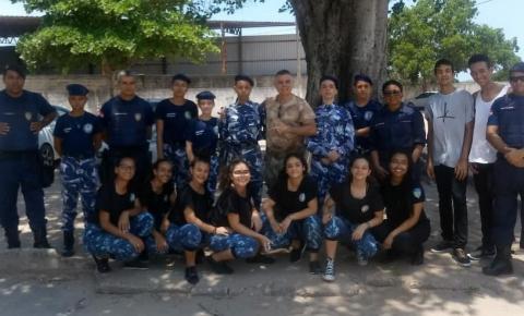 Guarda Mirim de Cachoeiro visita escola da Comunidade de Jaqueira