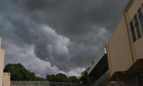 Presidente Kennedy e outros 28 municípios tem alerta para vendaval, chuvas intensas e granizo; veja lista