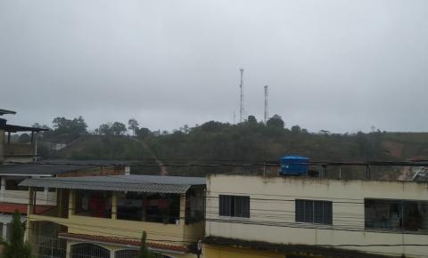 Instituto emite alerta de chuva forte, granizo, vendaval e raios para Presidente Kennedy e mais 52 municípios do ES