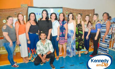 Confira as fotos da 1ª Feira de Literatura, Arte e Cultura na Escola de Santa Lúcia