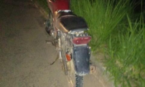 Motociclista é socorrido inconsciente após acidente na ES-162, em Presidente Kennedy
