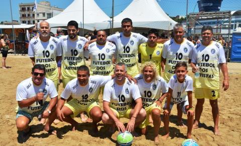 Vídeo | Atleta kennedense Sonny Anderson participa do Futebol dos Artistas em Marataízes