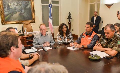 Governador anuncia medidas para reestruturação dos municípios afetados pelas chuvas no sul do Estado