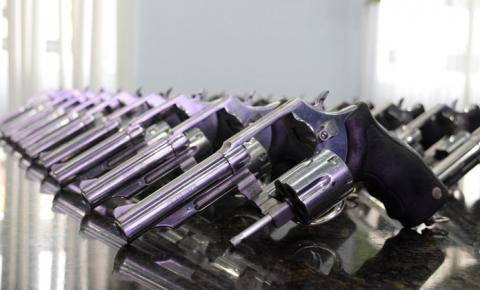Armas de fogo da Guarda Municipal são entregues à Prefeitura de Cachoeiro