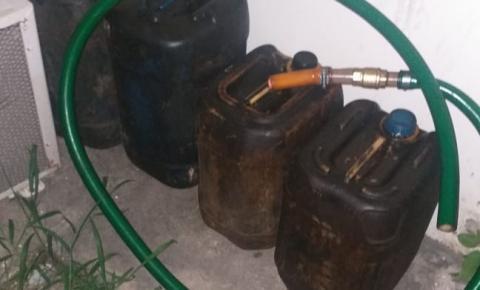 Polícia Militar prende motorista de caminhão suspeito de furtar óleo diesel e gasolina do próprio veículo de trabalho