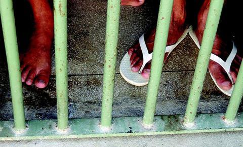 Covid-19: proposta de usar contêineres em prisões é ilegal, diz CNJ