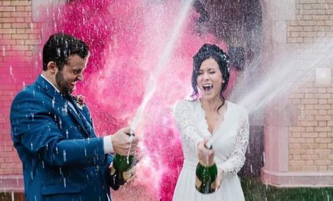 Nova York libera casamentos por videoconferência: covid