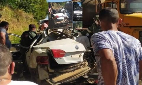 Dois homens morrem em grave acidente na ES 490 em Itapemirim