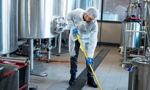 Procedimentos para higienização de tubos de ensaio são fundamentais para laboratórios e farmácias