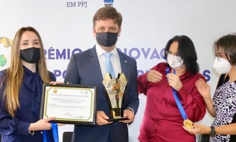 Combate a automutilação em jovens dá prêmio a Balneário Camboriú