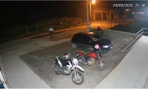 VÍDEO   Morador de Cabral tem veículo roubado em Garrafão, Itapemirim