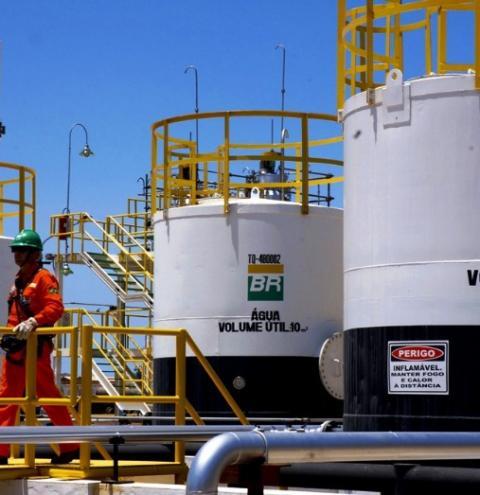 Petrobras assina Contrato de Transbordo de Petróleo e Derivados com o Porto Central