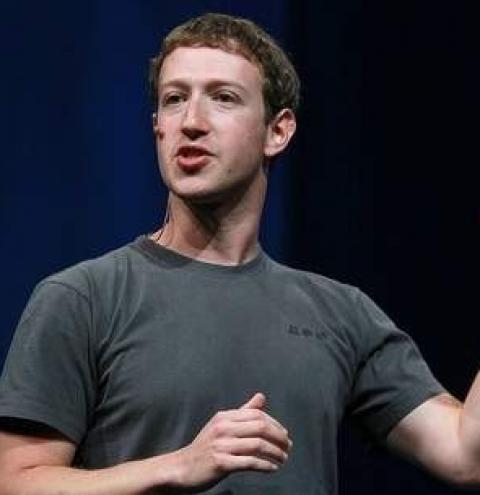 Zuckerberg perde mais de R$ 38 bilhões durante pane em WhatsApp, Facebook e Instagram