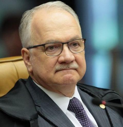 Fachin mantém julgamento no TRF4 de recurso de Lula no caso do sítio